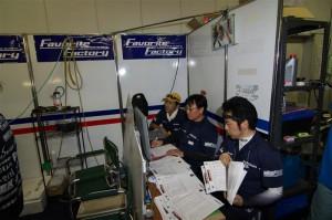 総監督の下、完走を目指したレース展開を行ったコントロールチーム